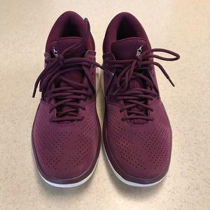 Air Jordan Shoes Maroon